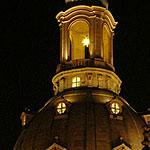 Die Frauenkirche Dresden - Laterne mit Adventsstern